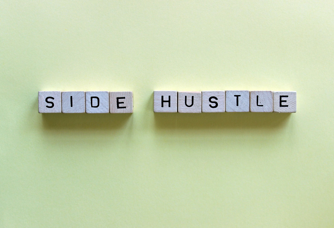 Why EVERYONE should have a Side Hustle – Episode 46